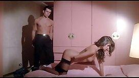 Joustava eroottinen seksivideo hotellissa.