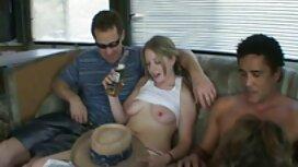 Hän työskentelee vanhusten parissa eroottiset videot