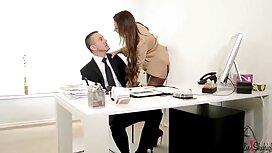 Mies söi tyttöä emättimeen ja laittoi ilmaisia suomalaisia seksivideoita poskelle