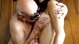 Mies käristyy Iso Kulli ilmaisia seksivideot kondomissa.