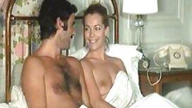 Naiset viihtyvät hotellihuoneessa pillu seksi