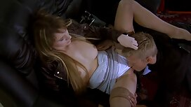 Blondi antaa masturbaatiota rakel liekki pornovideot tuolilla